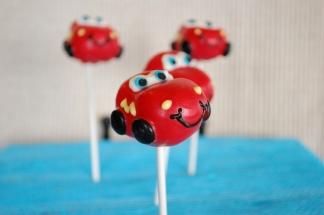 Disney-Pixar-Cars-Lightning-McQueen-Cake-Pops