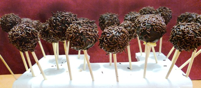 Chocolate chips pop cakes