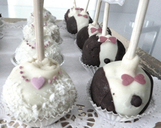 Wedding pop cakes 3