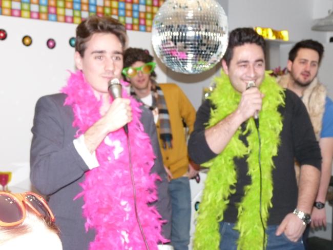 karaoke party singing
