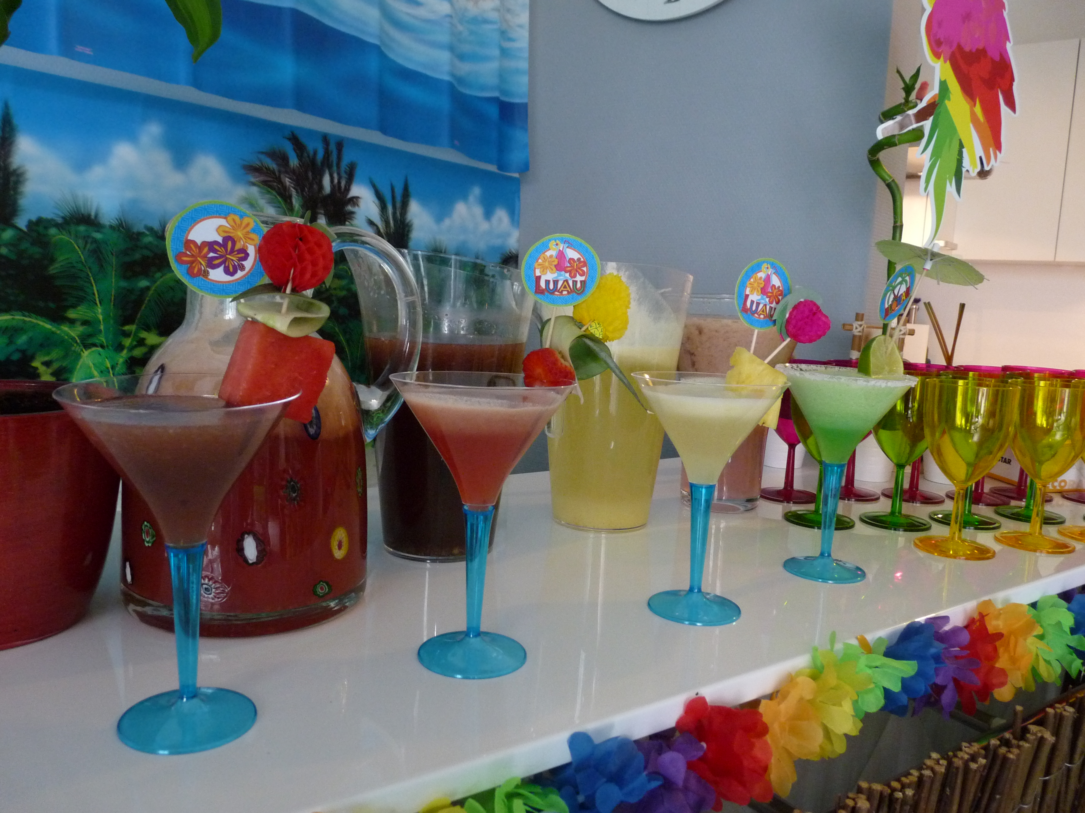 Tropical cocktails 25th birthday hawaiian party